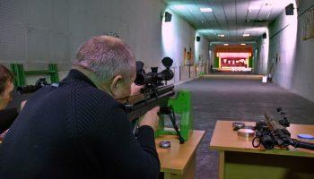 Пострелять из боевого оружия в Москве — обучение и цена