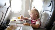 Перевозка малышей: сколько стоит детский билет на самолёт