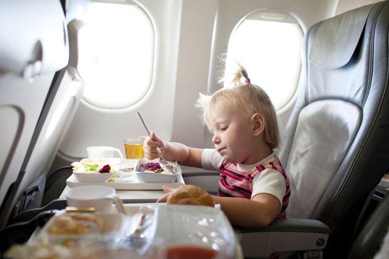 Услуги для детей в самолете